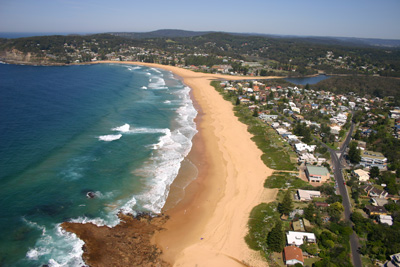 how to get from sydney to avoca beach
